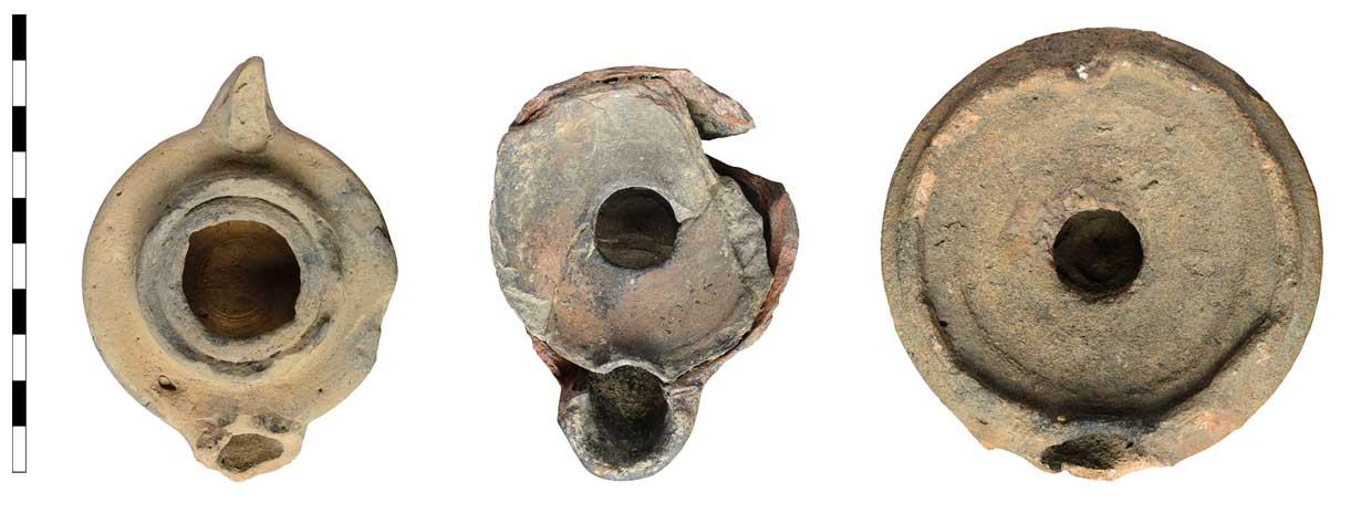 Drei in Pannonien auf der Töpferscheibe hergestellte spätrömische Lampen.